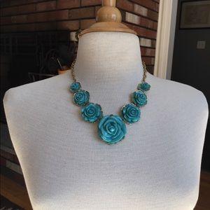 Francesca's turquoise blue flower necklace